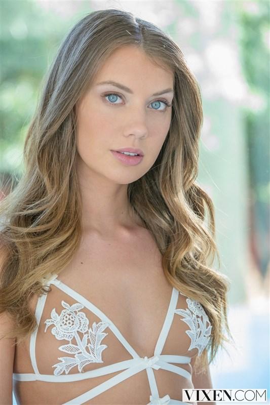Elena Koshka pornstar escort